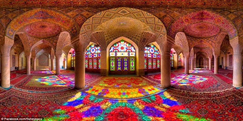 1415957129889_wps_9_xNasir_al_mulk_old_panora.jpg