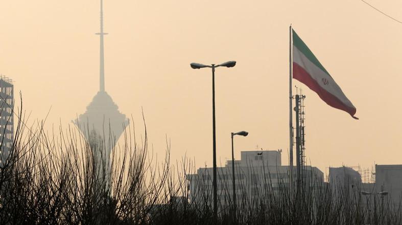 Smog Tehran Al Arabiya.jpg