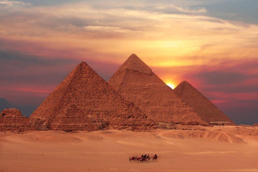 askideas.com pyramids.jpg