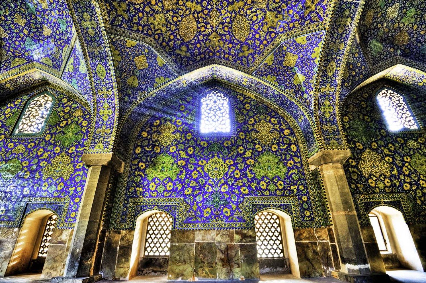 Shah Mosque - Vivitravels.com.jpg