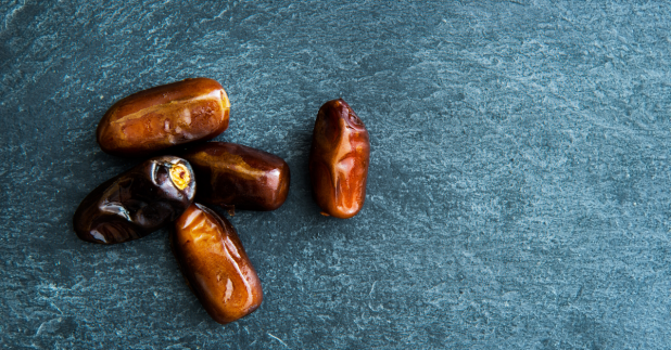 dates Middle Eastern sweet